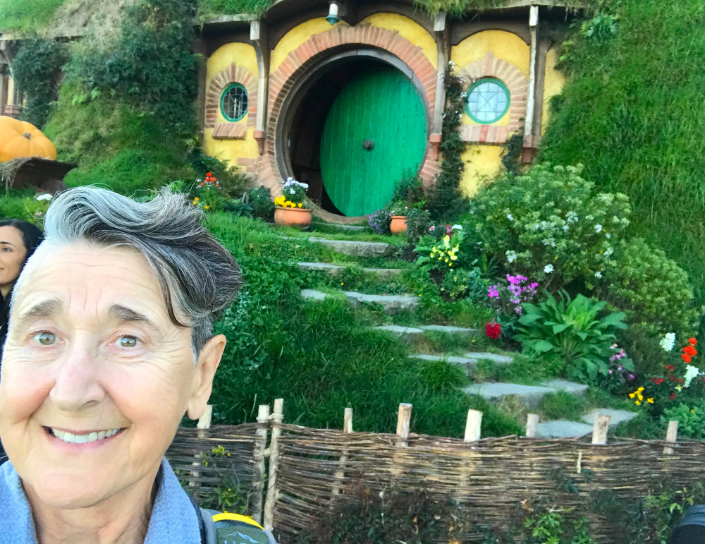 Mary in front of Bag End at Hobbiton